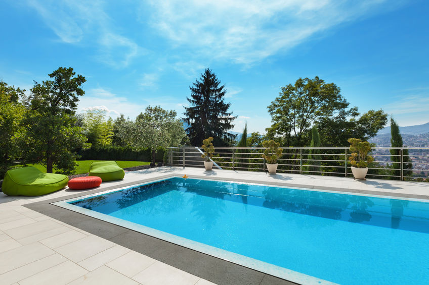 Quelles sont les étapes de la construction d'une piscine?